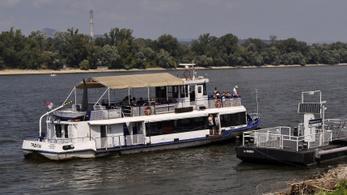 Újra menetrend szerint lehet hajózni a Dunán