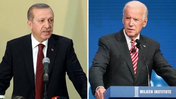 Összejön a nagy találkozó Biden és Erdogan között