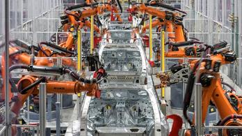 Nagyon jól megy a német autóiparnak, de pesszimisták a cégvezetők