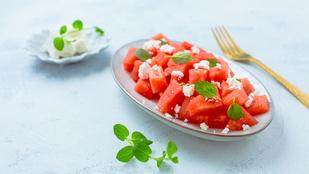 Grillezett görögdinnye-feta-bazsalikom saláta – ha szereted a különlegességeket, ezt dobd össze!