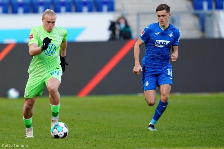 Schlager (balra) és Baumgartner (jobbra) egymás ellen a Bundesligában