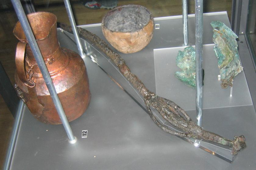 Viking sírokból származó tárgyak Svédországból.