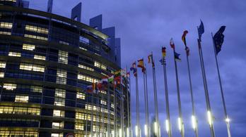 Az Európai Parlament kész perre menni az Európai Bizottsággal a jogállamisági mechanizmus miatt