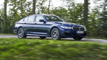 Szoftverfrissítés oldja meg a nem eléggé gyors 5-ös BMW gondját