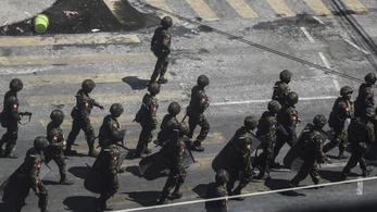 Több mint 20 civilt ölt meg a katonaság Mianmarban