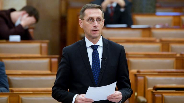 Varga Mihály: Két éve indult a legnépszerűbb lakossági állampapír