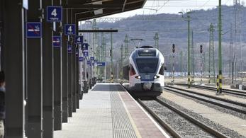 A Nyugati helyett Angyalföldről indulnak az esztergomi vonatok