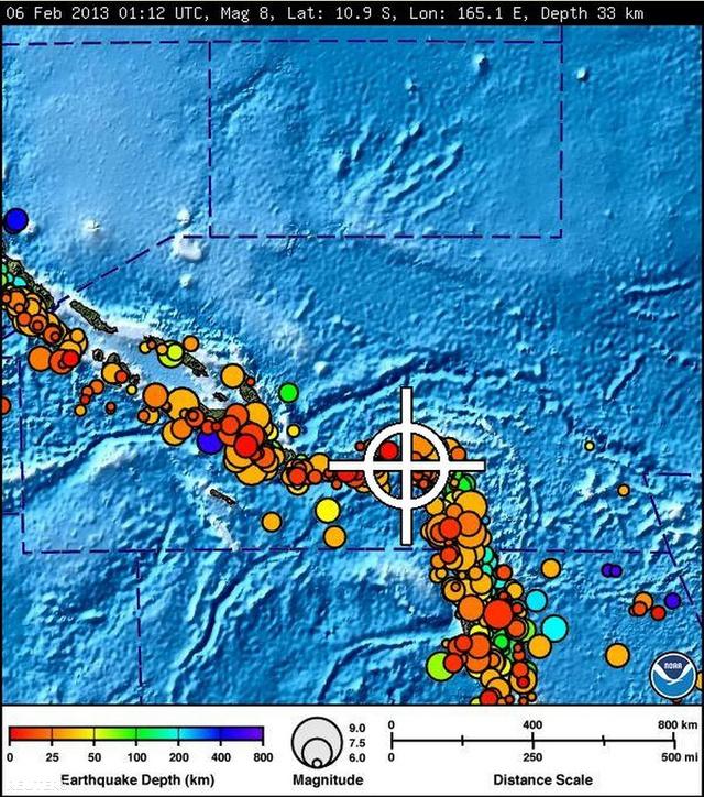 A csendes-óceáni cunami előrejelző központ térképe, a körök színe a rengés mélységét, átmérőjük a Richter skála szerinti erősségüket jelzi