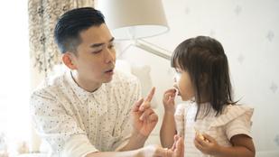 Tigrisanyák nevelnek tökéletes gyerekeket: Miért ilyen szigorúak a kínai szülők?