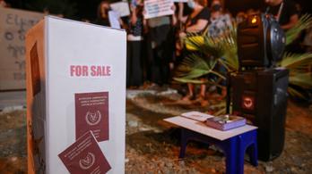 A ciprusi arany útlevelek több mint felét korrupció útján adták ki