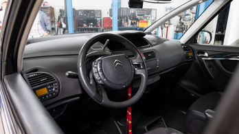 Fotelnepper: Citroën C4 Grand Picasso 2.0 HDI – 2012.