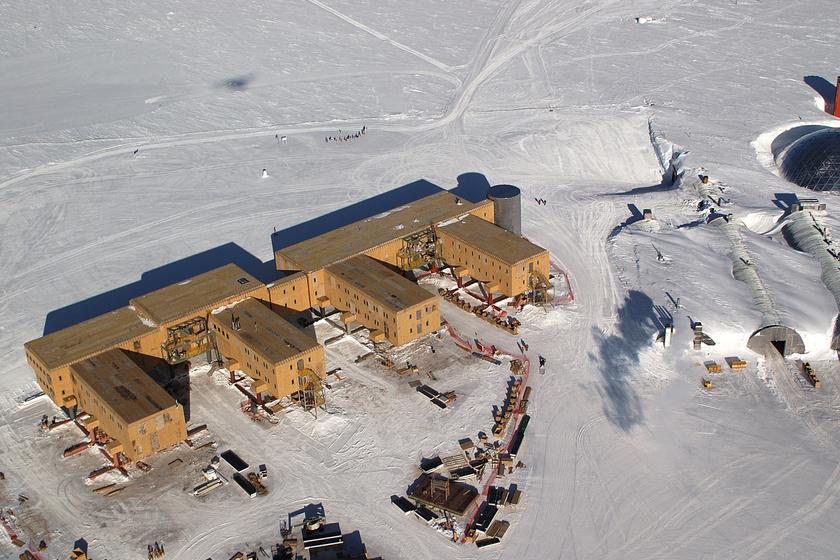 Amundsen–Scott déli-sarki kutatóállomás.