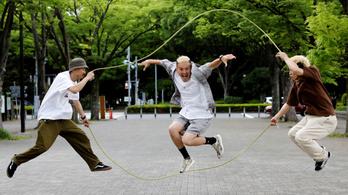 Sok japánt csak az tart életben, hogy láthassa az olimpiát