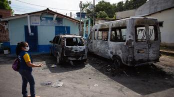 Égnek a buszok egy brazil városban, mert a rendőrök lelőttek egy drogdílert