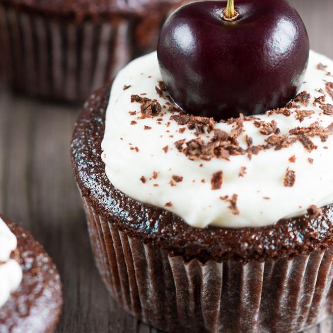 Mennyei fekete-erdő muffin: a nagy kedvenc egyszerűbb formában készül
