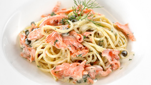 Lazacos-avokádós spagetti