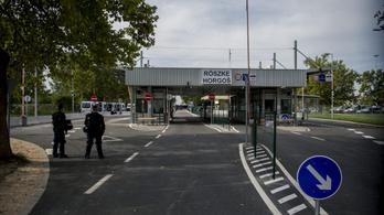 A magyar-szerb határon több átkelő ismét hosszabban üzemel