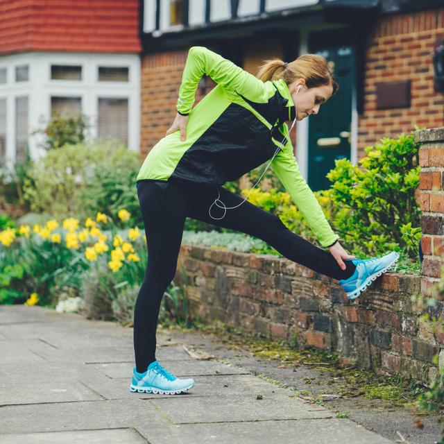 Mozgással gyógyítható csak az erős hátfájás: gyógytornász és reumatológus mondta el, miért rossz ötlet a passzív pihenés