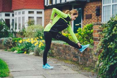 hátfájás-futás-bemelegítés-nyújtás