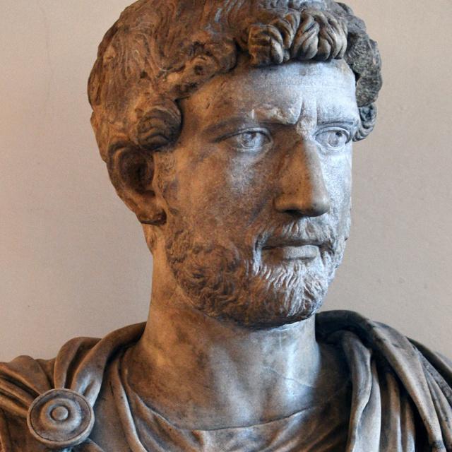 Az ókor legszebb férfiújába szeretett bele Hadrianus császár: rabszolgából lett az uralkodó állandó társa