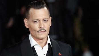 Johnny Depp még a születésnapján is az ügyvédeivel agyalhat