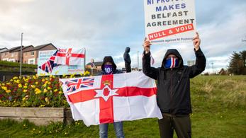 A Brexit miatt forr a levegő Észak-Írországban