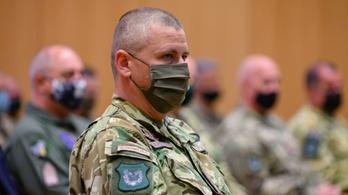Helyettes államtitkári feladatait is viszi magával a Magyar Honvédség új parancsnoka