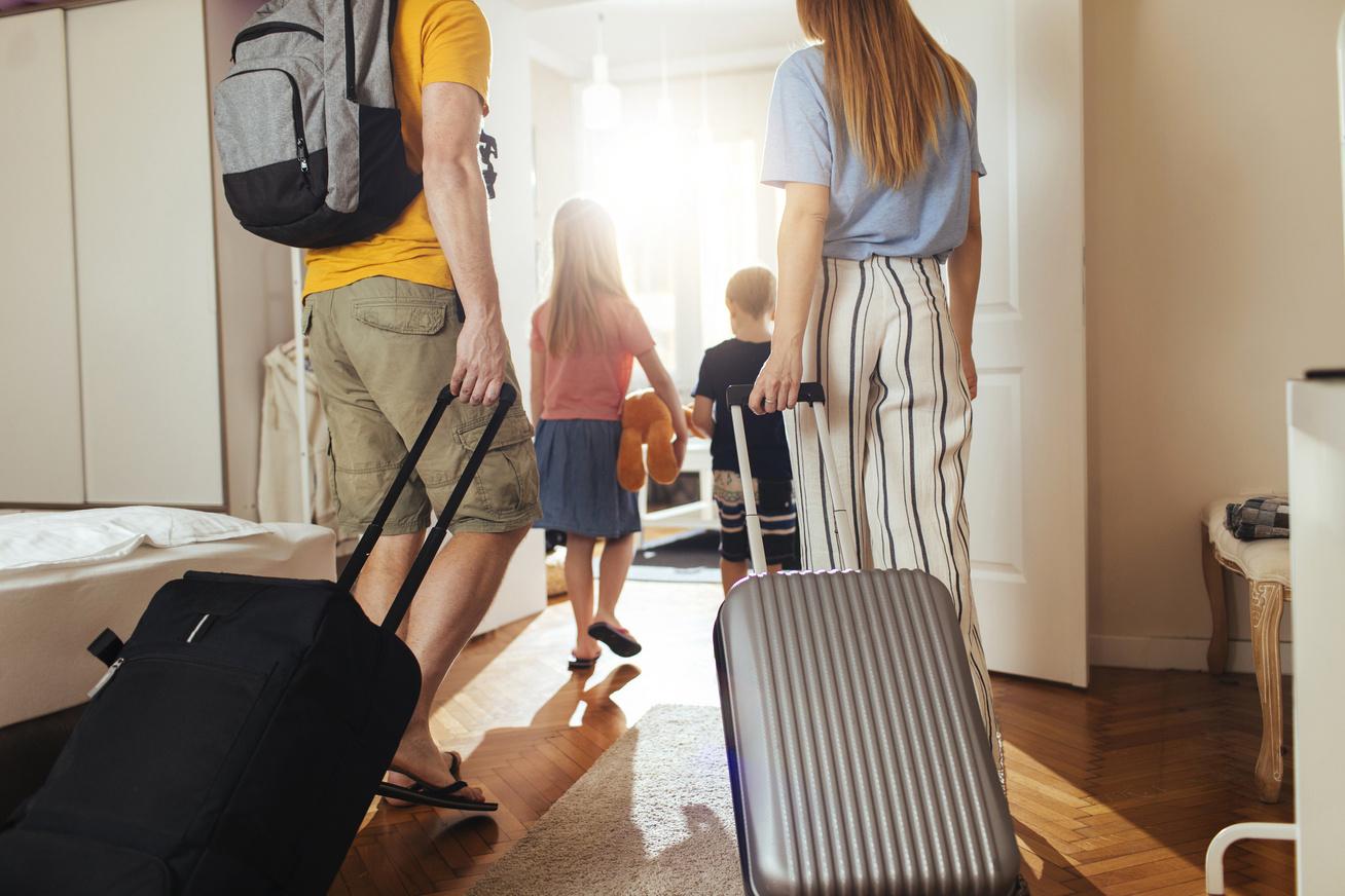 utazás bőrönd