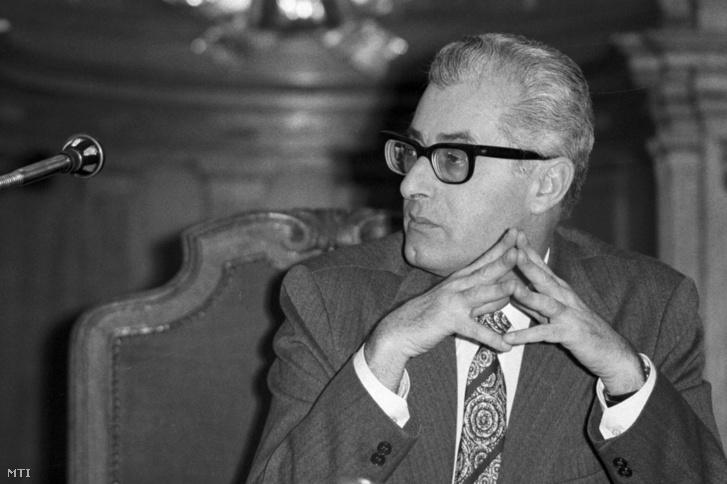 Dr. Strausz János, a pócspetri ügy bírája 1990. január 17-én