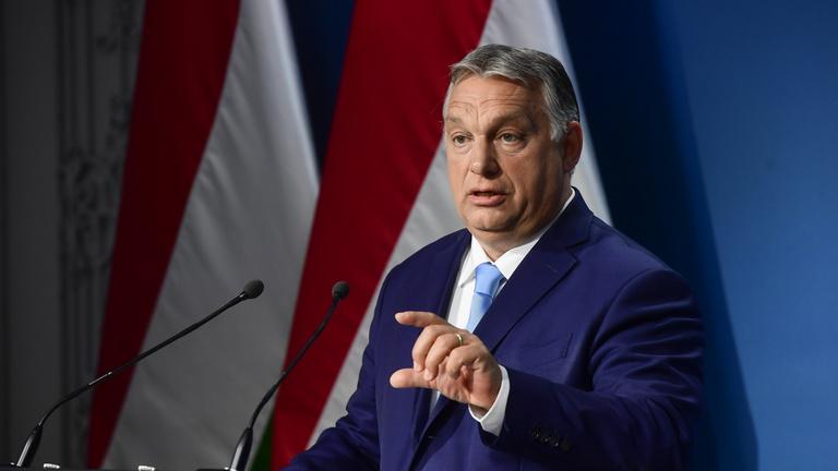 Orbán Viktor: Beoltják a 12–15 év közöttieket és nemzeti konzultáció indul