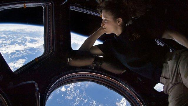 Kísérletek az ISS-en
