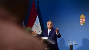 Az utcán kapta el Orbán Viktort a riporter, akit nem engedtek be a Kormányinfóra