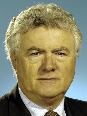 Dr. Novák Zoltán egyetemi tanár, a Magyar Allergológiai és Klinikai Immunológiai Társaság elnöke