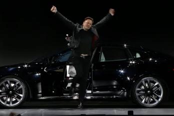 Drágább lett a Tesla Plaid, de tudja, amit ígértek