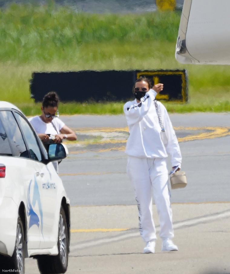 Irina Shayk Provence-ból hazafelé jövet, New Jersey-ben, landolás után