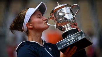 Krejcikova nyerte a női döntőt a Roland Garroson