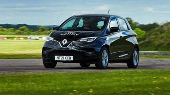 Életidegen körülmények közt közel nyolcszáz kilométert is tud egy töltéssel a Renault Zoe
