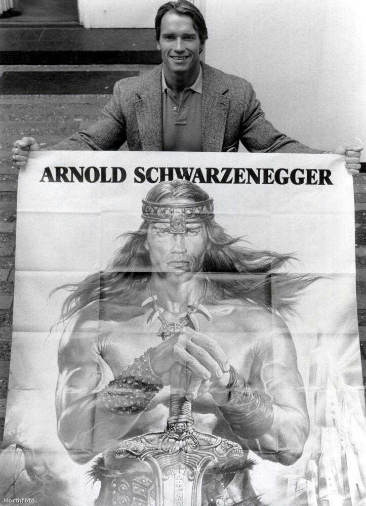Ez a kép annak idejéne a film megjelenésekor készült: Arnold Schwarzenegger élőben és képen, Conan szerepében.