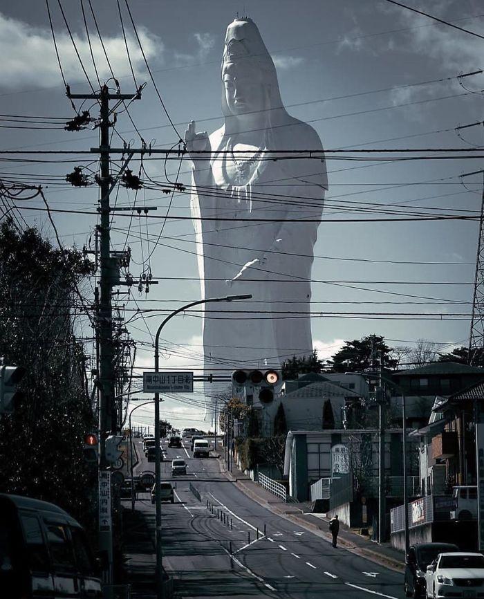 A Sendai Daikannon Japánban található, a világ egyik legmagasabb szobra - pontosabban jelenleg az ötödik legmagasabb.