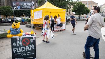Nem kérnek a Fudan Egyetemből a budapestiek