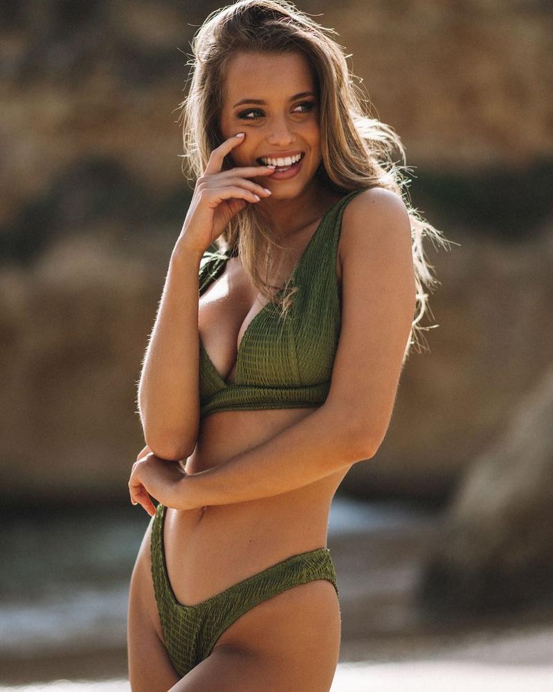 Margarida Corceiro 2019-ben lett híres hazájában, amikor egy tévésorozatban tűnt fel, azóta már többek között a Dancing With The Stars portugál változatában is vetélkedett egyet 2020-ban