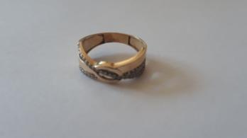 Megkerült az ellopott jegygyűrű, jöhetett a lagzi