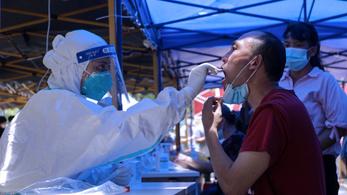 Javul a járványhelyzet Dél-Kínában, de a delta-mutáns súlyosabb tüneteket okoz
