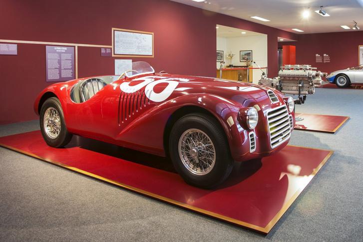 Az első Ferrari, amely a nevet és az emblémát is hordta. A Tipo 125 S