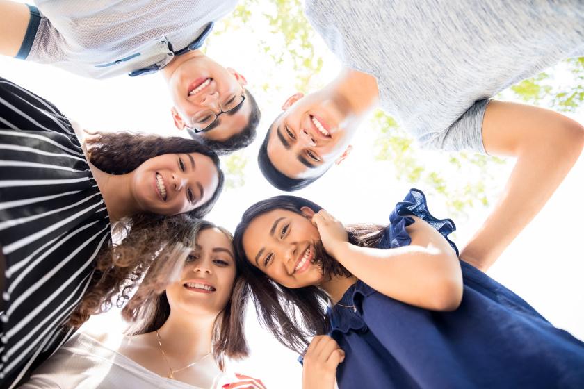 Ingyenes nyári tábor várja a középiskolásokat:  így fejleszthetőek a gyerek kreatív és művészeti képességei