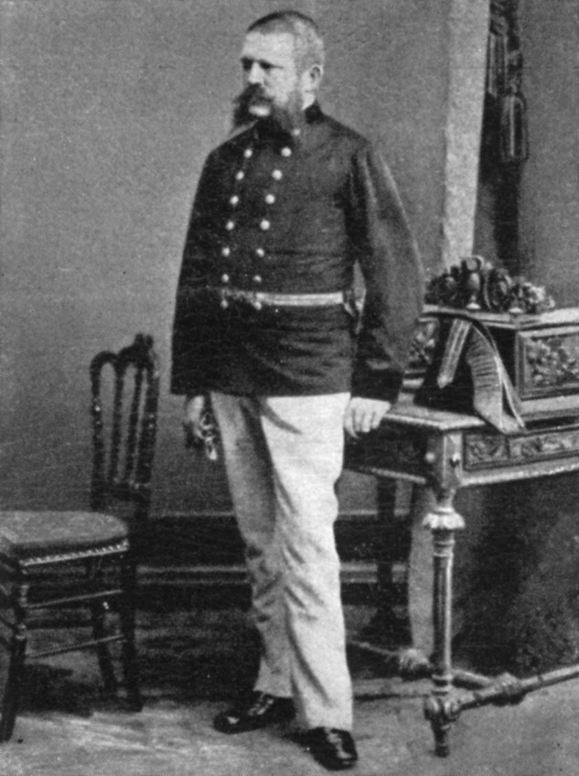 Adolf Hitler apja, Alois Hitler