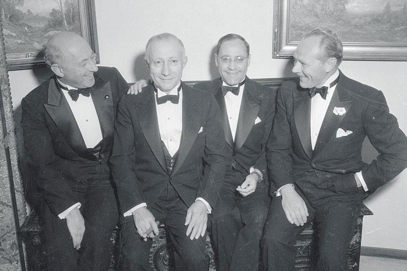 Cecil DeMille, Adolf Zukor, Emanuel Cohen és Charles Ruggles Emanuel Cohen partiján.