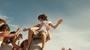 Ezt a 7 dolgot minden gyereknek tudnia kell, hogy boldog felnőtt lehessen