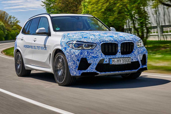 Már közúton tesztelik a hidrogénhajtású BMW-t