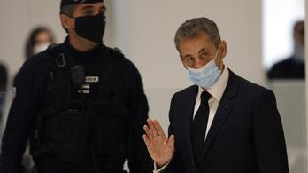 Nicolas Sarkozy volt francia elnököt börtönbe küldené az ügyészség